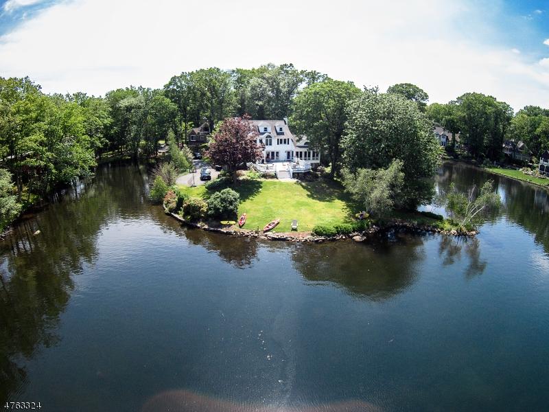 Частный односемейный дом для того Продажа на 15 COVE Place Mountain Lakes, Нью-Джерси 07046 Соединенные Штаты