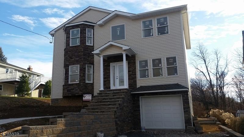 Einfamilienhaus für Verkauf beim 4 Wilson Avenue 4 Wilson Avenue Woodland Park, New Jersey 07424 Vereinigte Staaten