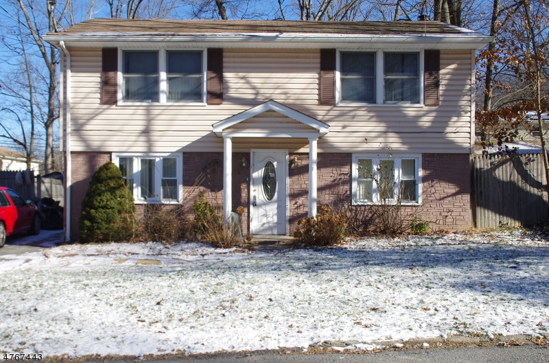 Single Family Home for Rent at 17 Idalroy Trail Hopatcong, New Jersey 07843 United States