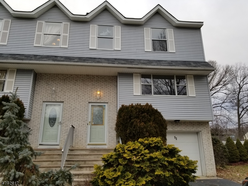 Single Family Home for Sale at 52 Lone Star Lane Manalapan, New Jersey 07726 United States