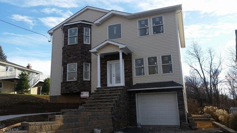 Частный односемейный дом для того Продажа на 4 Wilson Avenue Woodland Park, Нью-Джерси 07424 Соединенные Штаты
