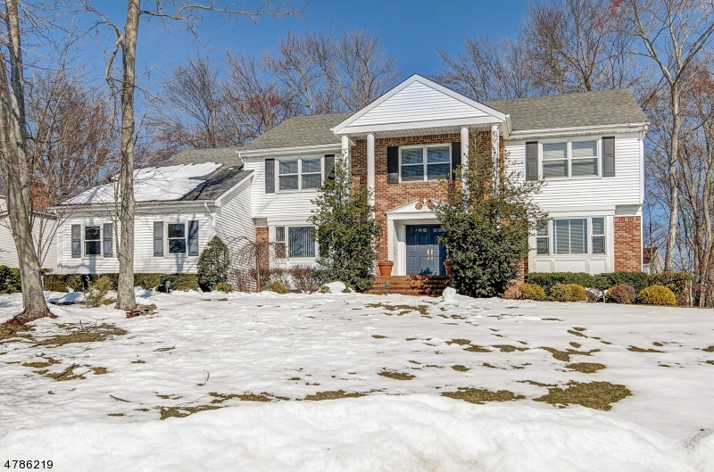 Single Family Home for Sale at 36 Puddingstone Way 36 Puddingstone Way Florham Park, New Jersey 07932 United States