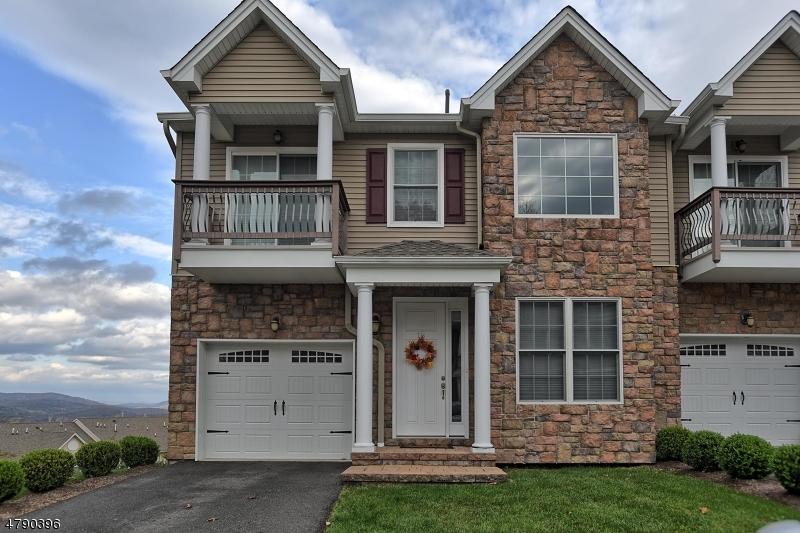 Casa para uma família para Venda às 18 Brandon Court Butler, Nova Jersey 07405 Estados Unidos