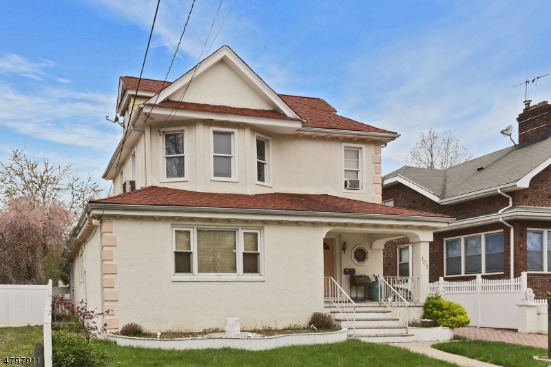 Single Family Home for Sale at 101 Pine Street Hackensack, New Jersey 07601 United States