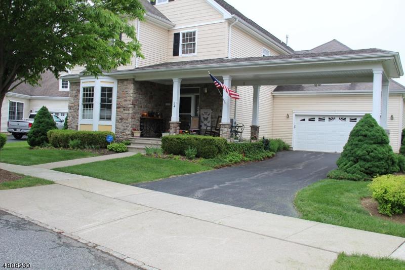 Частный односемейный дом для того Продажа на 24 MERLIN Drive Washington, Нью-Джерси 07882 Соединенные Штаты