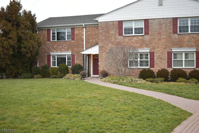 Condominium for Sale at 67 NEW ENGLAND AVE 75E 67 NEW ENGLAND AVE 75E Summit, New Jersey 07901 United States