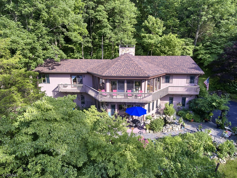 Single Family Home for Sale at Phillipsburg, New Jersey 08865 United States
