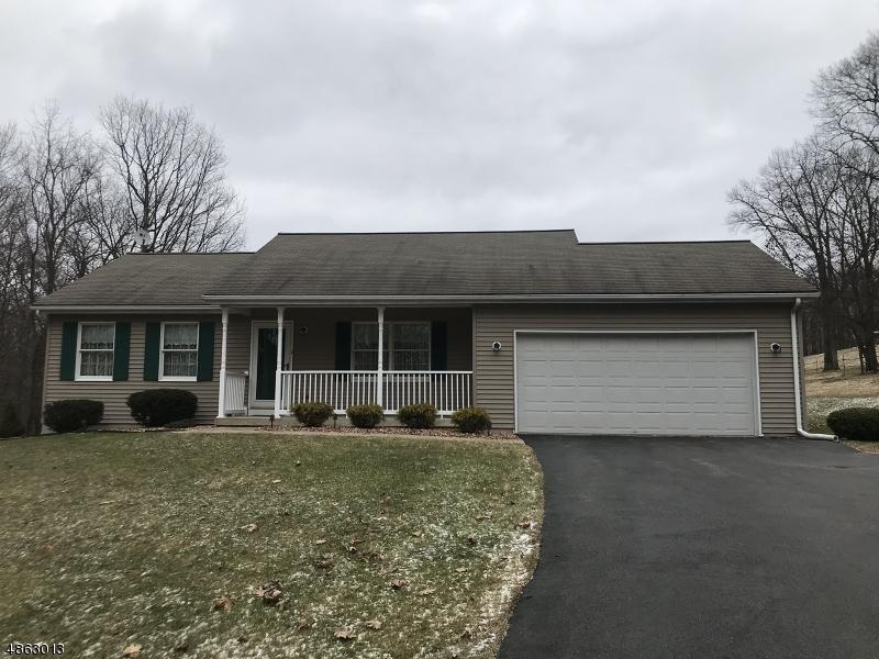 Частный односемейный дом для того Продажа на 278 BUCKHORN Drive White Township, Нью-Джерси 07823 Соединенные Штаты
