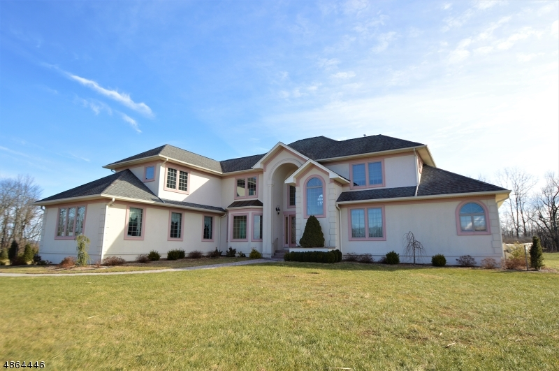 Single Family Home for Sale at 44 AUGUSTA HILL RD 44 AUGUSTA HILL RD Frankford Township, New Jersey 07822 United States