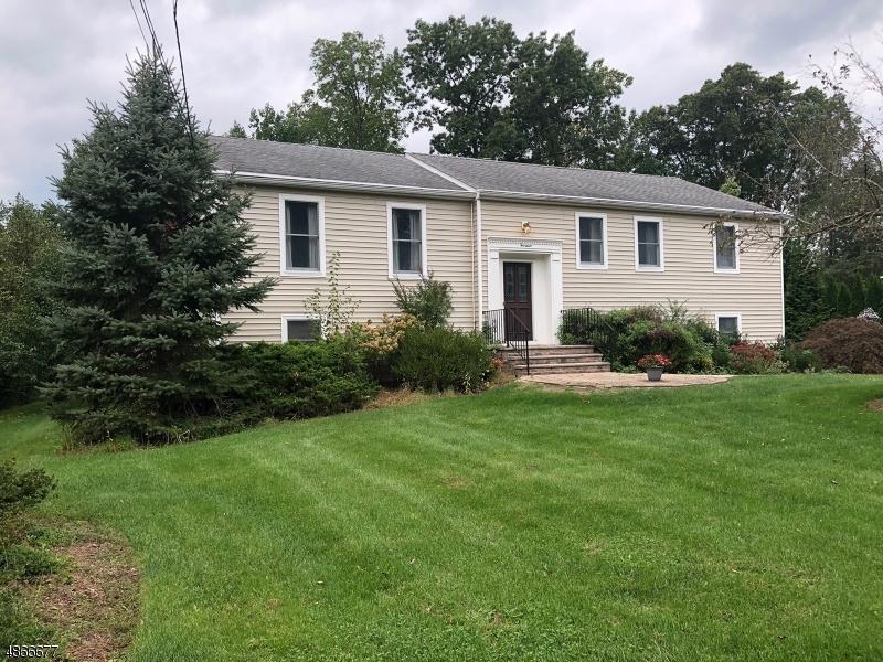 Maison unifamiliale pour l à louer à 14 MITCHELL Avenue Chatham, New Jersey 07928 États-Unis