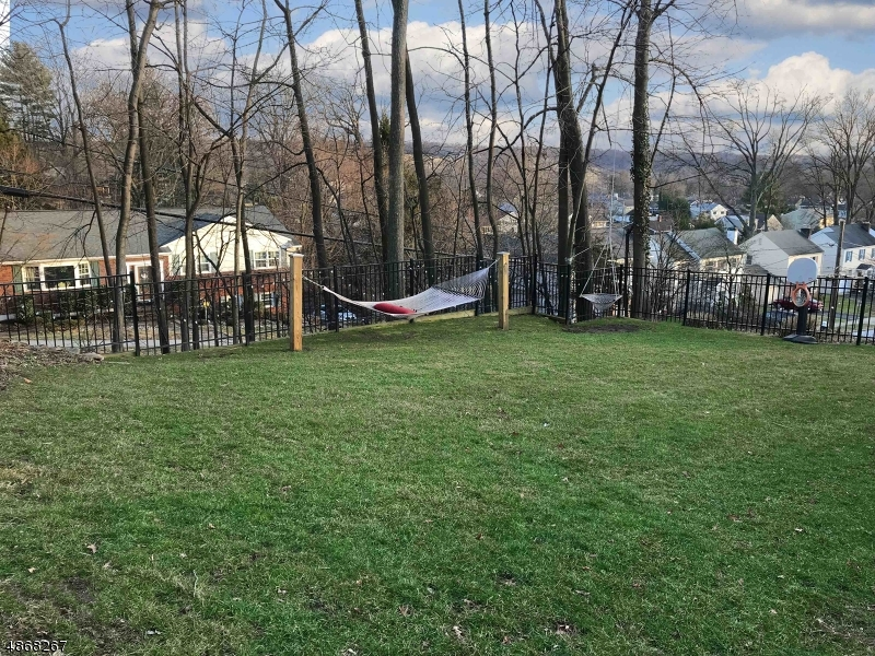 Additional photo for property listing at  Verona, New Jersey 07044 United States