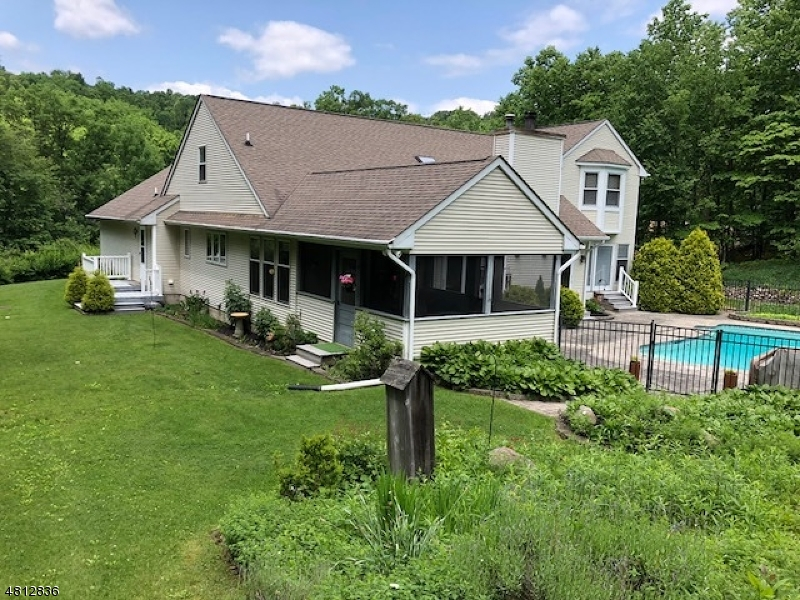 Single Family Home for Sale at 191 CHURCH Road Holland Township, New Jersey 08848 United States