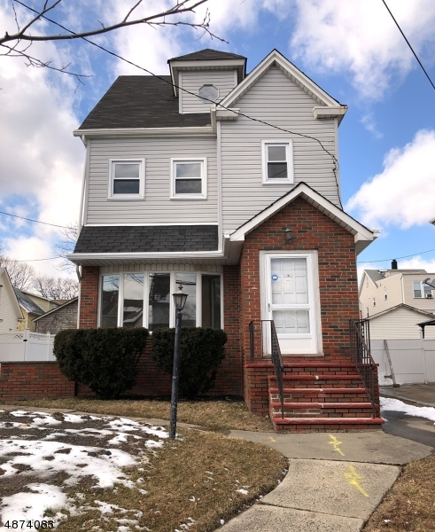 Single Family Home for Sale at 277 ARGYLE Place Kearny, New Jersey 07032 United States