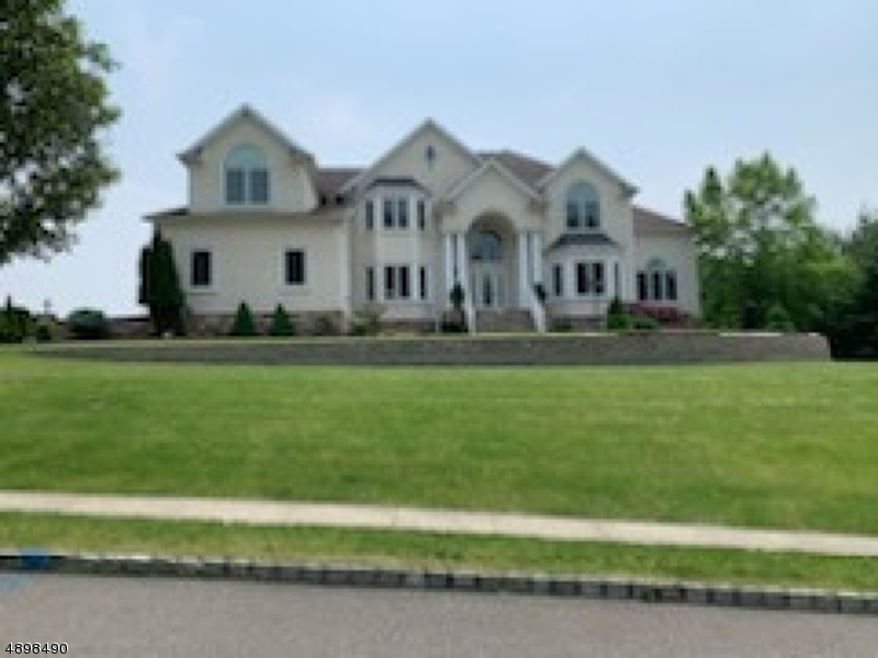 Single Family Homes 為 出售 在 Montville, 新澤西州 07045 美國