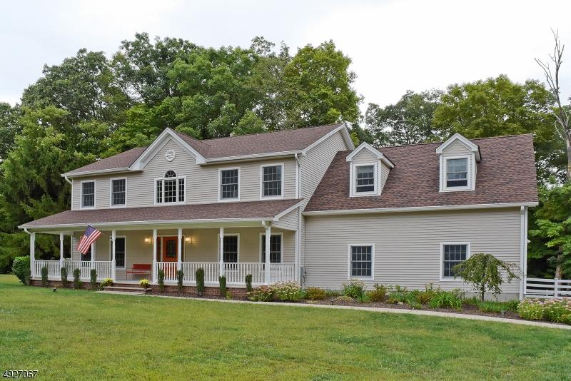 Single Family Homes 为 销售 在 Jefferson Township, 新泽西州 07438 美国