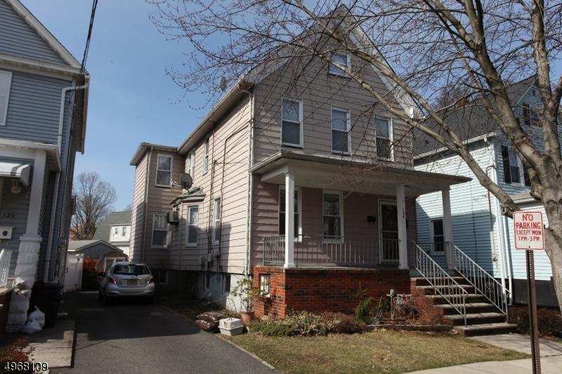 Multi-Family Homes per Vendita alle ore Roselle Park, New Jersey 07204 Stati Uniti