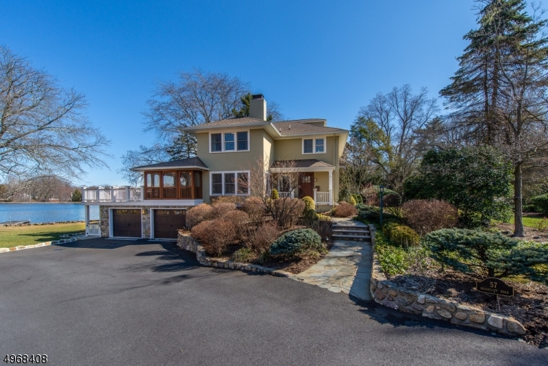 Single Family Homes por un Venta en 57 BRIARCLIFF Road Mountain Lakes, Nueva Jersey 07046 Estados Unidos