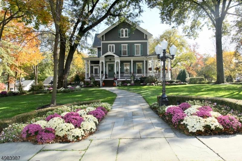 Single Family Homes voor Verkoop op Westfield, New Jersey 07090 Verenigde Staten
