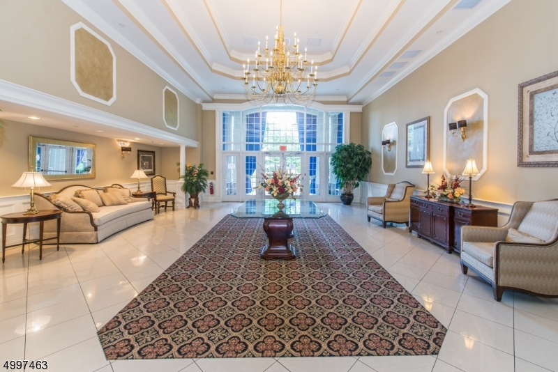 Condo / Townhouse for Sale at Rochelle Park, New Jersey 07662 United States