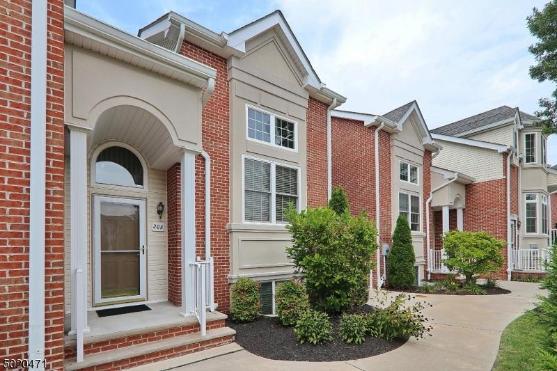 Eigentumswohnung / Stadthaus für Verkauf beim Garwood, New Jersey 07027 Vereinigte Staaten