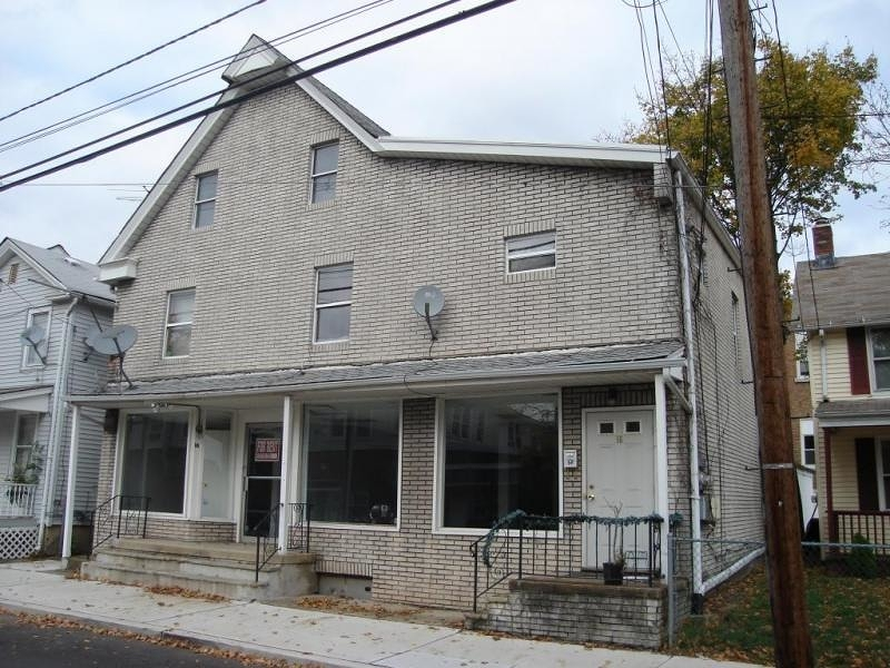 Commercial for Sale at 16 Thompson Street Raritan, 08869 United States