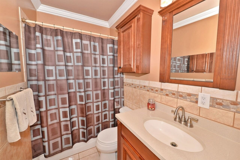 Additional photo for property listing at 219 SNAKE DEN Road  Bloomingdale, Нью-Джерси 07465 Соединенные Штаты