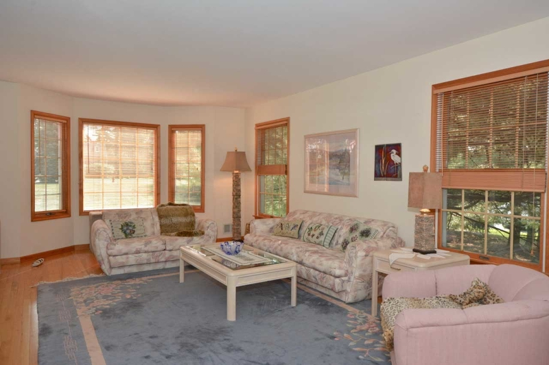 Additional photo for property listing at 17 Boehm Drive  Lebanon, New Jersey 08833 United States