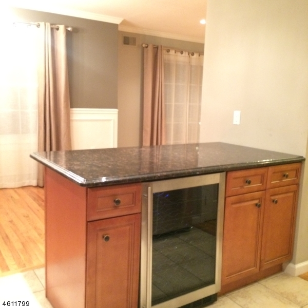 Additional photo for property listing at 6-8 ORIENTAL Place  Newark, Nueva Jersey 07104 Estados Unidos