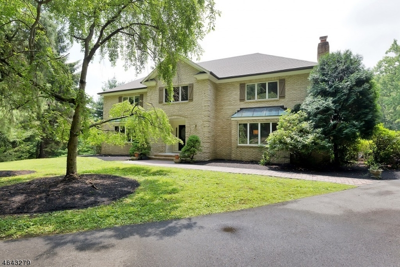 Maison unifamiliale pour l Vente à 18 Parsonage Lot Road Lebanon, New Jersey 08833 États-Unis