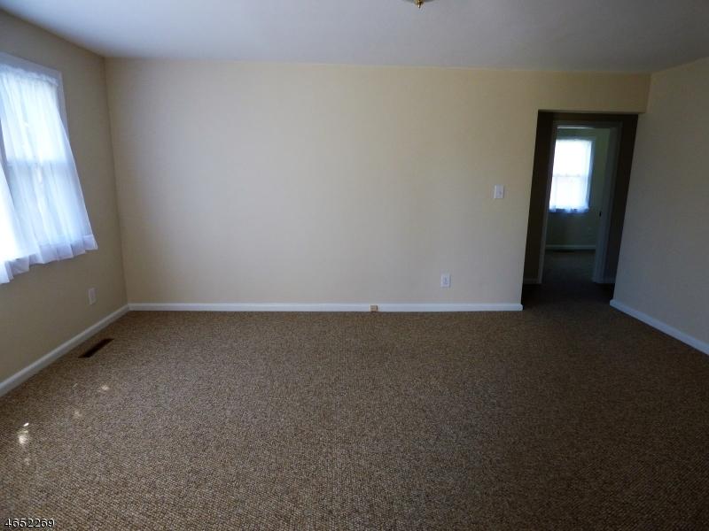 Additional photo for property listing at 920 Bound Brook Avenue  Manville, Nueva Jersey 08835 Estados Unidos
