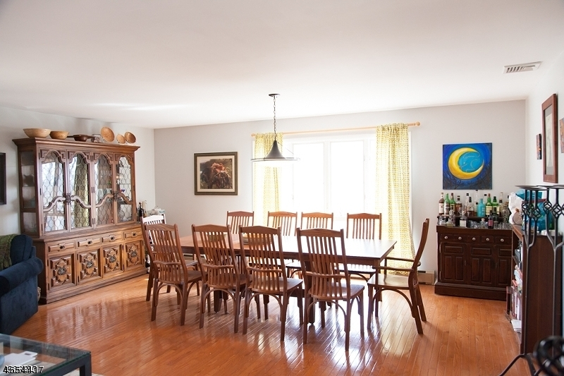 Additional photo for property listing at 25 Mount Lebanon Road  Port Murray, New Jersey 07865 États-Unis