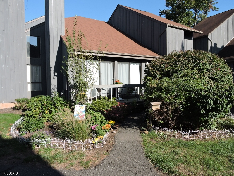 Casa Unifamiliar por un Venta en 299 Gemini Dr, 2A Hillsborough, Nueva Jersey 08844 Estados Unidos