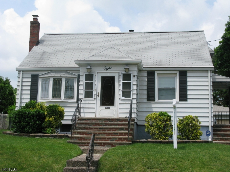 Additional photo for property listing at 8 Stony Hill Road  Clifton, Nueva Jersey 07013 Estados Unidos
