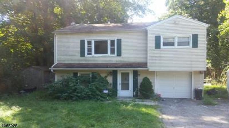 独户住宅 为 销售 在 349 Skyline Drive 令伍特, 新泽西州 07456 美国