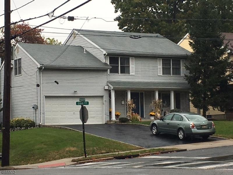 Частный односемейный дом для того Продажа на 326 Grant Avenue Nutley, Нью-Джерси 07110 Соединенные Штаты