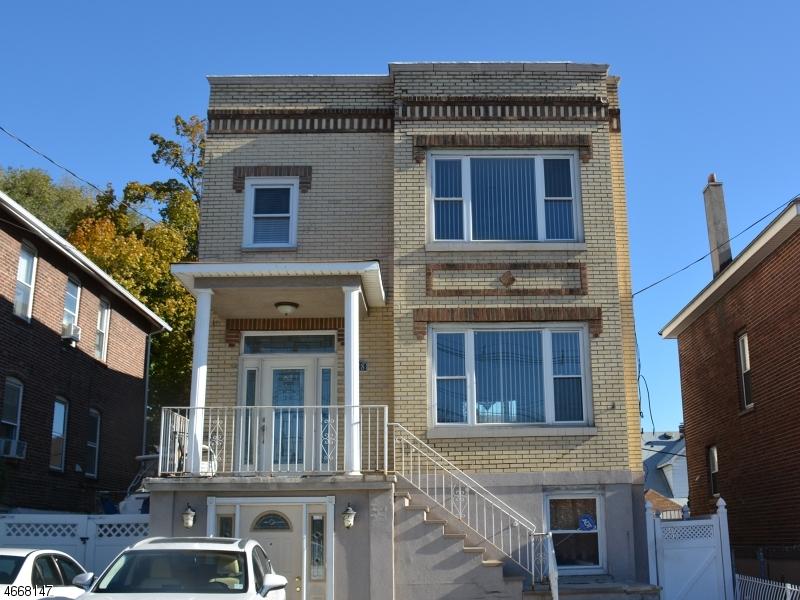 Многосемейный дом для того Продажа на 8528 Kennedy Blvd North Bergen, 07047 Соединенные Штаты