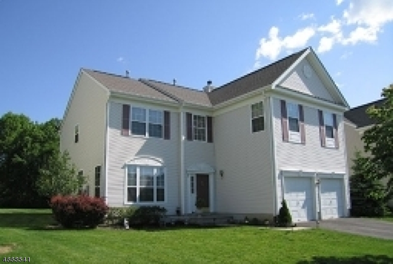 Single Family Home for Sale at 20 SAXTON Drive Hackettstown, New Jersey 07840 United States