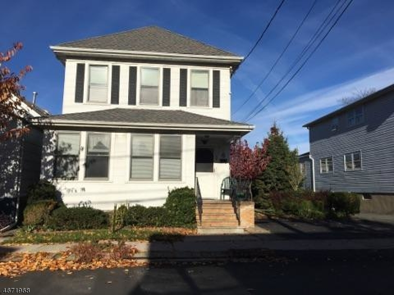 Casa Multifamiliar por un Venta en 68 Eagle Street North Arlington, Nueva Jersey 07031 Estados Unidos
