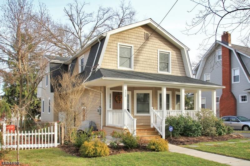 Частный односемейный дом для того Продажа на 323 Orient Way Rutherford, Нью-Джерси 07070 Соединенные Штаты