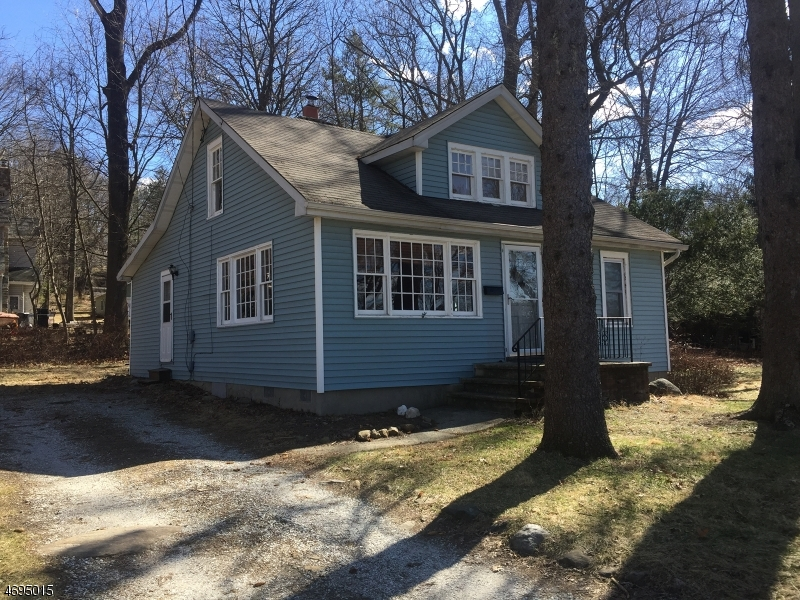 Single Family Home for Rent at 9 Sunset Trail Sparta, New Jersey 07871 United States