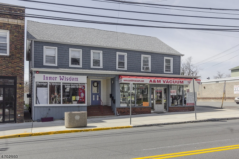 Commercial for Sale at 68 N Main Street Milltown, New Jersey 08850 United States