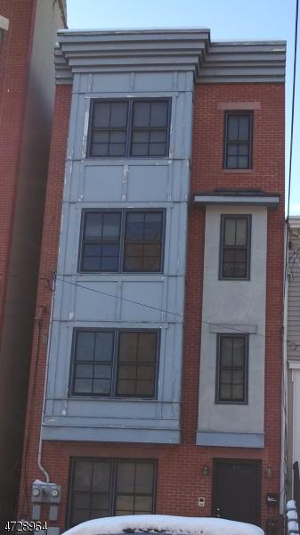 Casa Unifamiliar por un Alquiler en 57 Bright Street Jersey City, Nueva Jersey 07302 Estados Unidos