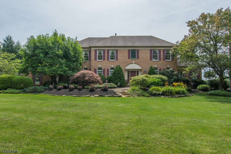 Частный односемейный дом для того Продажа на 7 Ranney Road Washington, 07853 Соединенные Штаты