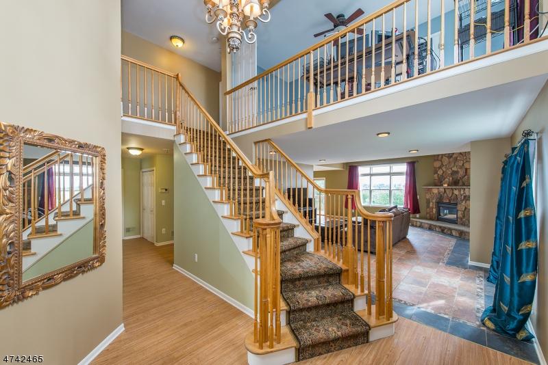 一戸建て のために 売買 アット 8 Magnolia Lane 8 Magnolia Lane Boonton, ニュージャージー 07005 アメリカ合衆国
