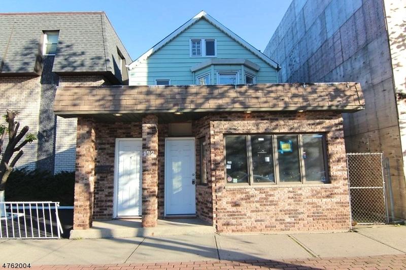 komerziell für Verkauf beim 172 Washington Avenue 172 Washington Avenue Belleville, New Jersey 07109 Vereinigte Staaten