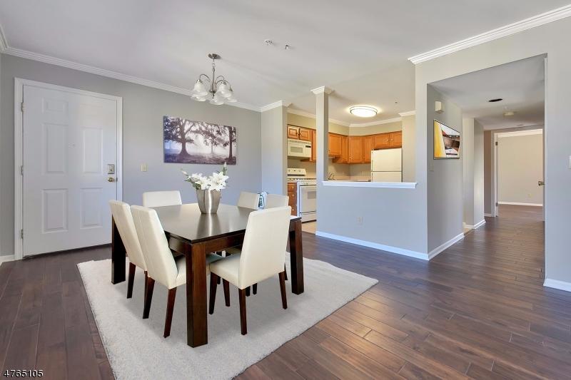 Частный односемейный дом для того Аренда на 235 Orchard Park Allendale, Нью-Джерси 07401 Соединенные Штаты