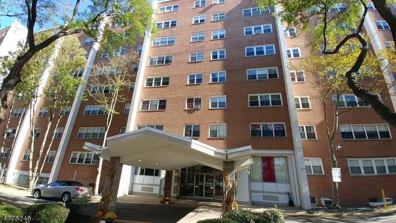 独户住宅 为 出租 在 39 E 39th Street Paterson, 新泽西州 07514 美国