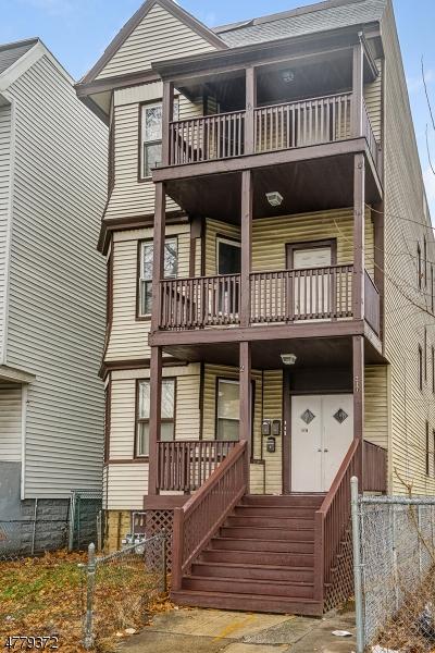多戶家庭房屋 為 出售 在 217 N 15th Street East Orange, 新澤西州 07017 美國