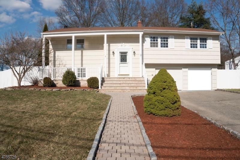 独户住宅 为 销售 在 3 Evergreen Drive Lincoln Park, 新泽西州 07035 美国