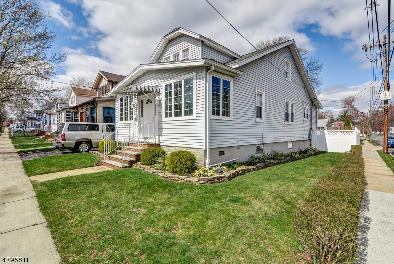 Single Family Home for Sale at 1398 Orange Avenue Union, New Jersey 07083 United States
